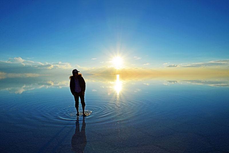 worlds-largest-reflection-pool-Salar_de_Uyuni_salt_flat_bolivia
