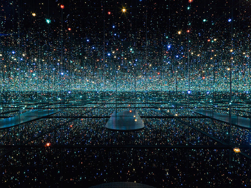 yayoi kusama infinity mirror room new york city david zwirner gallery 2013 Picture of the Day: The Infinity Mirror Room