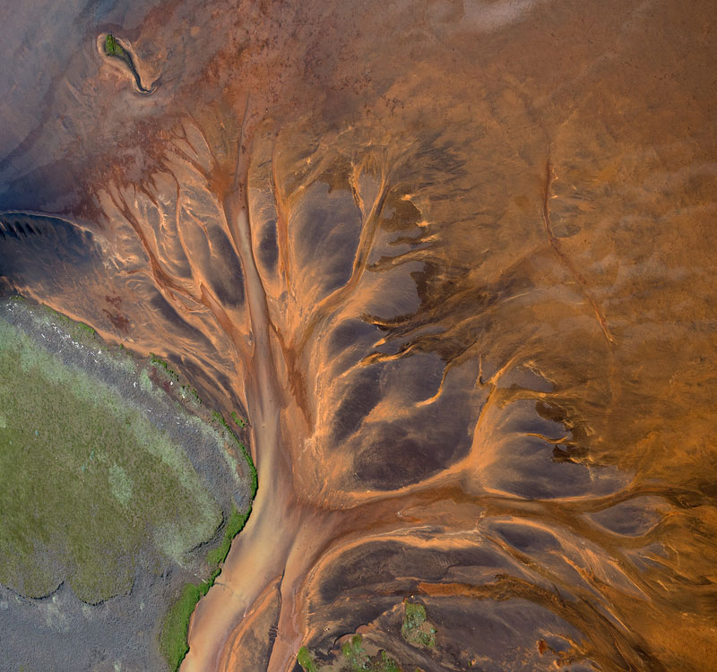 aerial photos of iceland look like absract paintings by andre ermolaev (5)