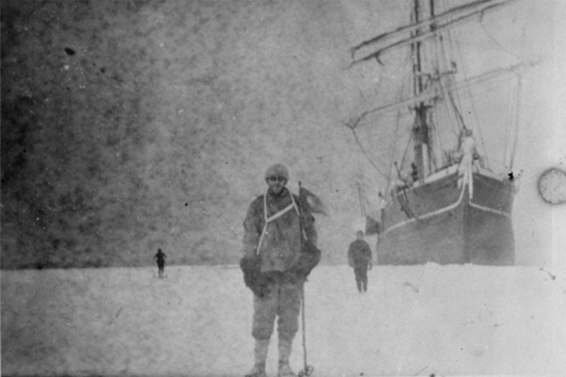 Team Discovers Lost Set of Photos from 100-year-old Antarctic Expedition