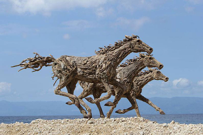galloping horses made from driftwood by james doran-webb (4)