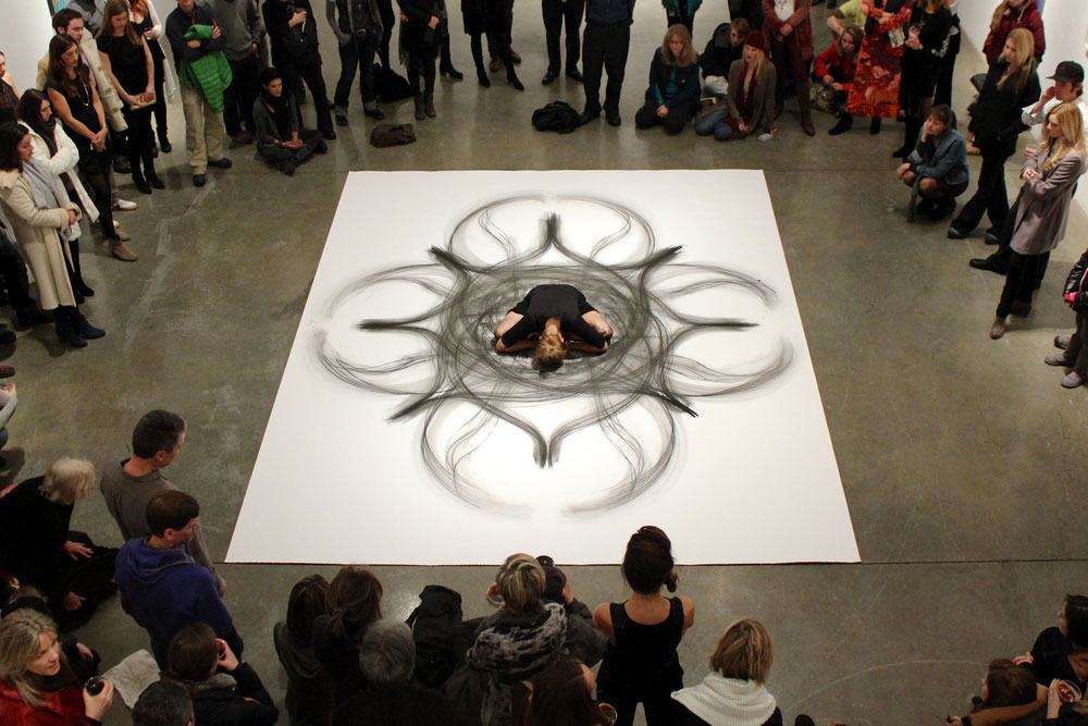 heather hansen kinetic drawings performance at ochi gallery (6)