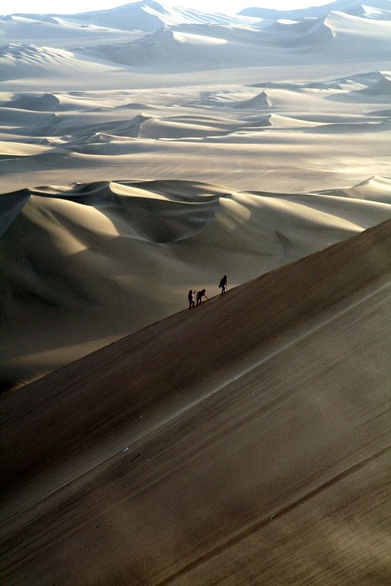 Huacachina village desert oasis in peru (13)