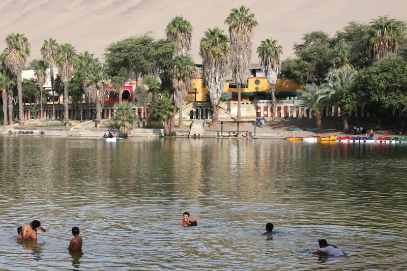 Huacachina village desert oasis in peru (9)
