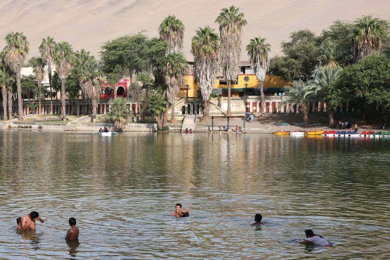 Huacachina village desert oasis in peru (9)