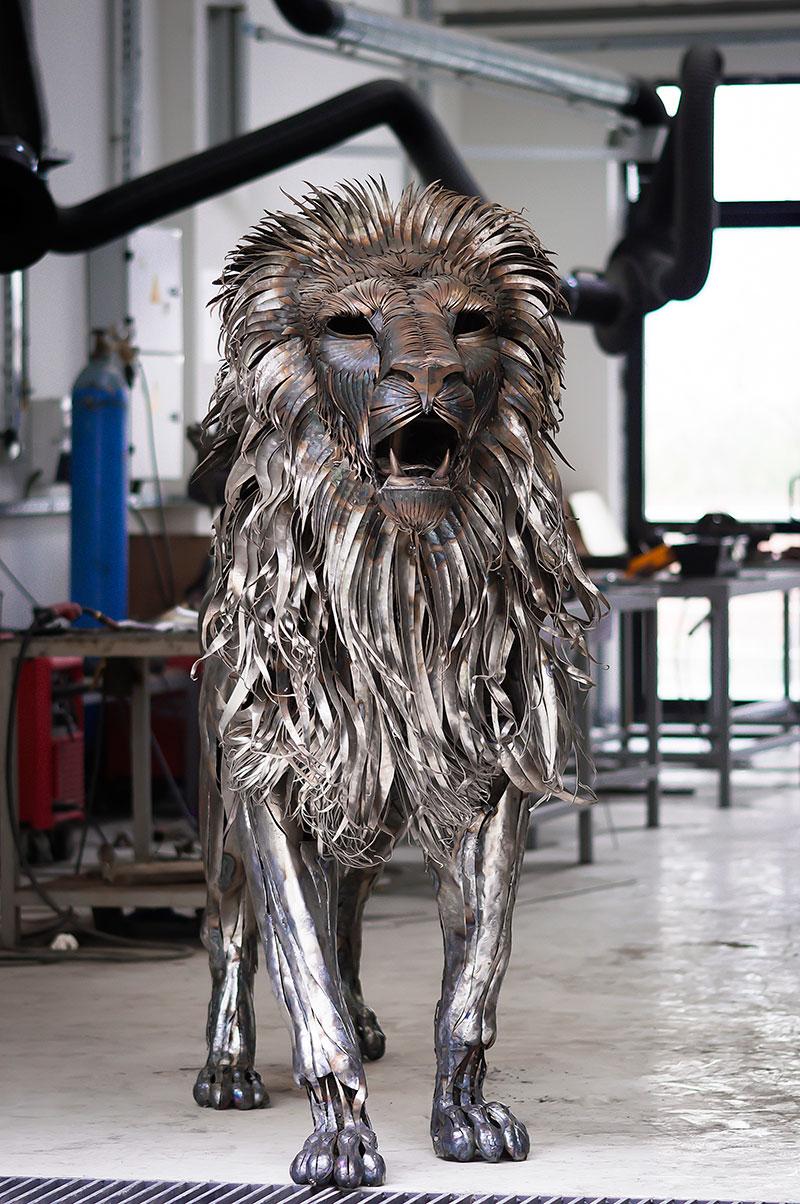 metal_lion_sculpture_by_selcuk_yilmaz (4)