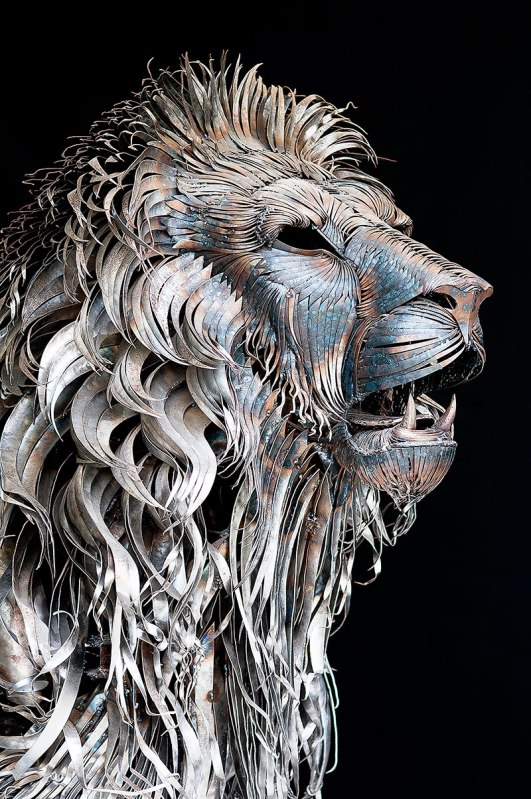 metal lion sculpture by selcuk yilmaz 5 A Giant Globe Made Entirely of Matches