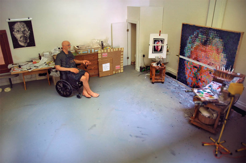 chuck-close in studio miniature model diorama by joe fig