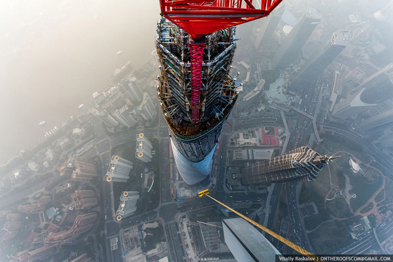 photos-from-shanghai-tower-climb-vitaliy-raskalov-(5)