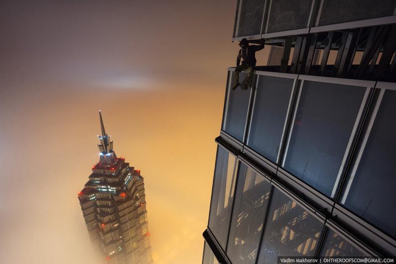 shanghai tower climb pictures vadim makhorov (2)