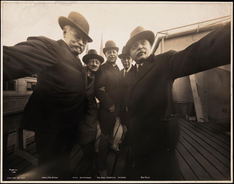 vintage selfie 1920 (2)