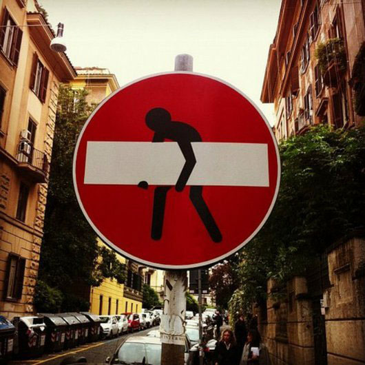 do not enter street sign art by clet (4)