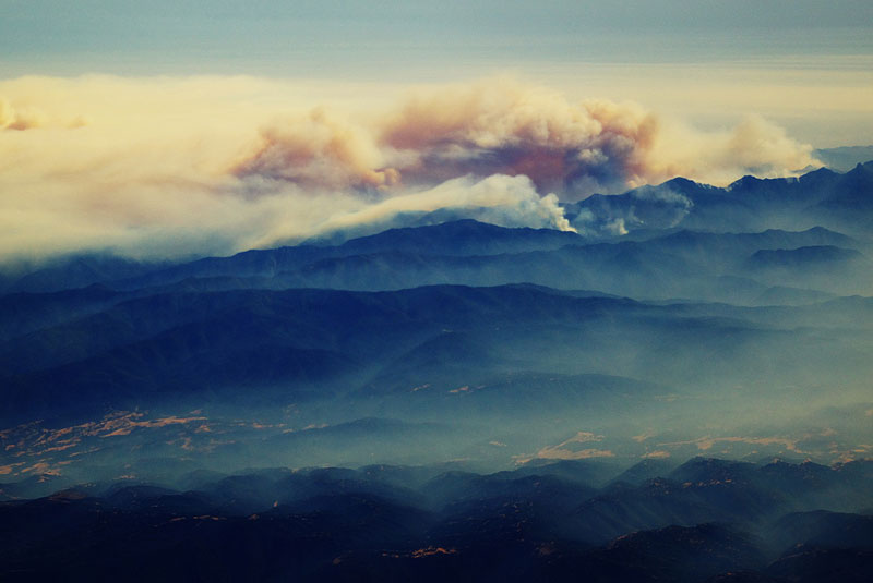 forest fire from an airplane big sur california 27 Reasons You Should ALWAYS Ask for the Window Seat