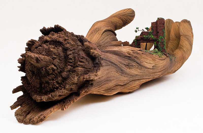 Hyperrealistic 'Wood' Sculptures that are Actually Made of Ceramic