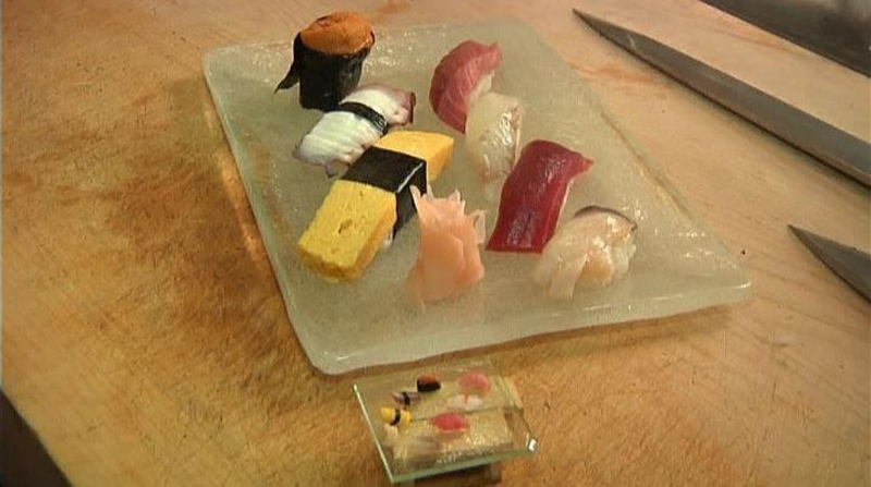 miniature sushi made with a single grain of rice chef hironori ikeno nohachi restaurant (6)