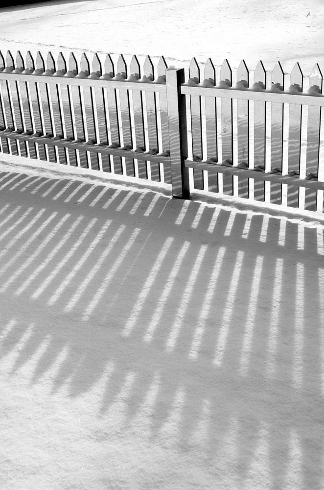 mirrored fence by alyson shotz (3)