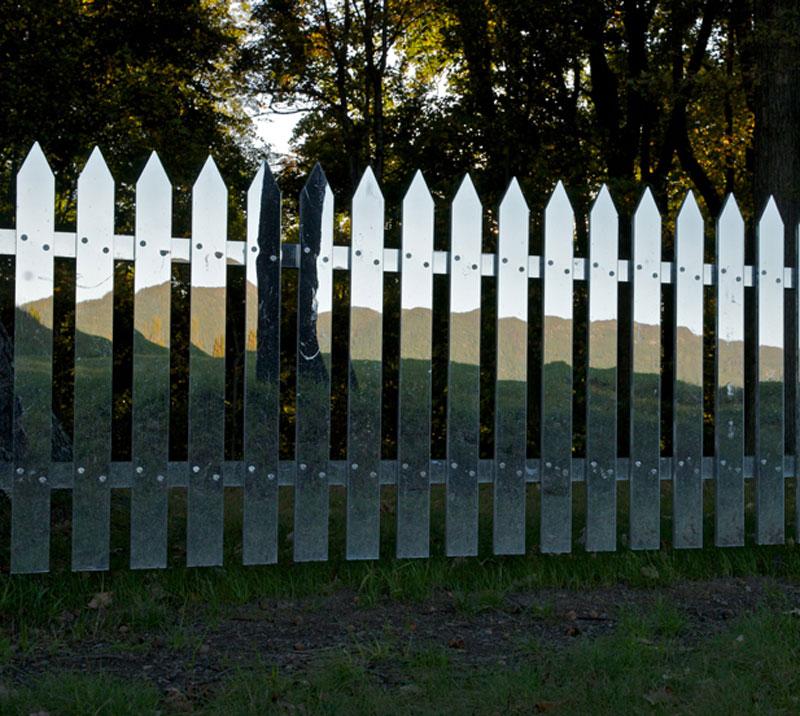 mirrored fence by alyson shotz (7)