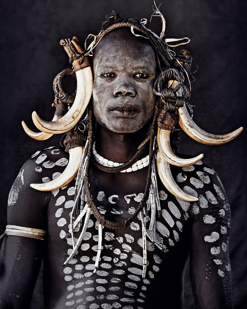 mursi jimmy nelson before they pass away 15 Striking Portraits of Ancient Tribes Around the World