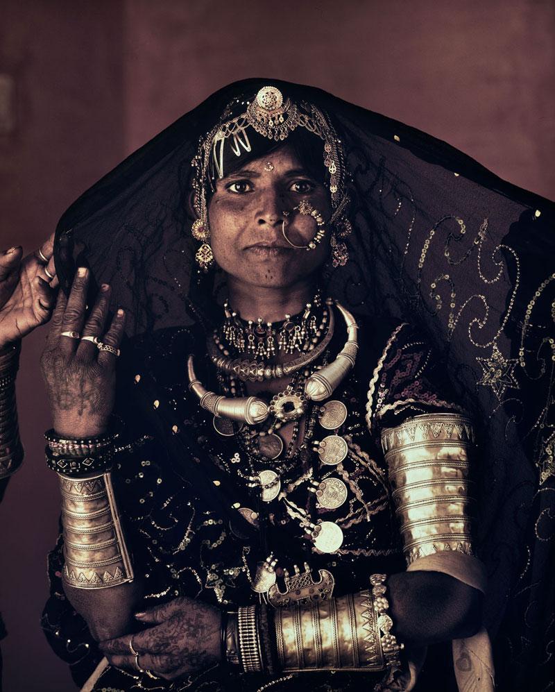rabari jimmy nelson before they pass away 15 Striking Portraits of Ancient Tribes Around the World