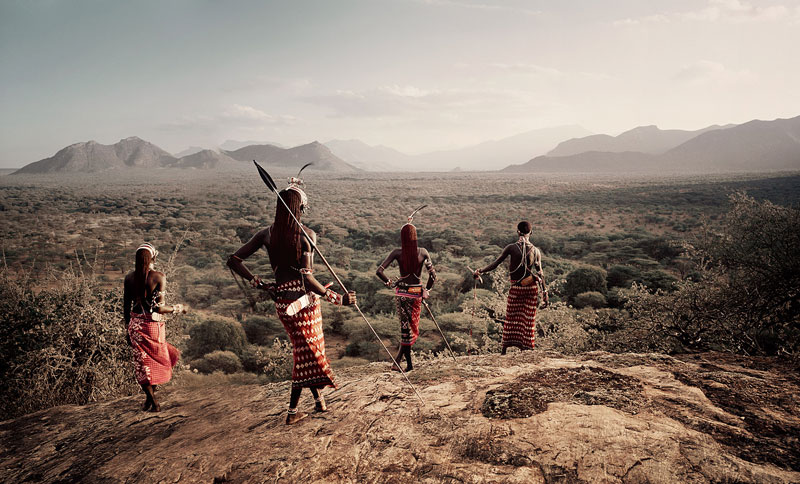 samburu jimmy nelson before they pass away 15 Striking Portraits of Ancient Tribes Around the World