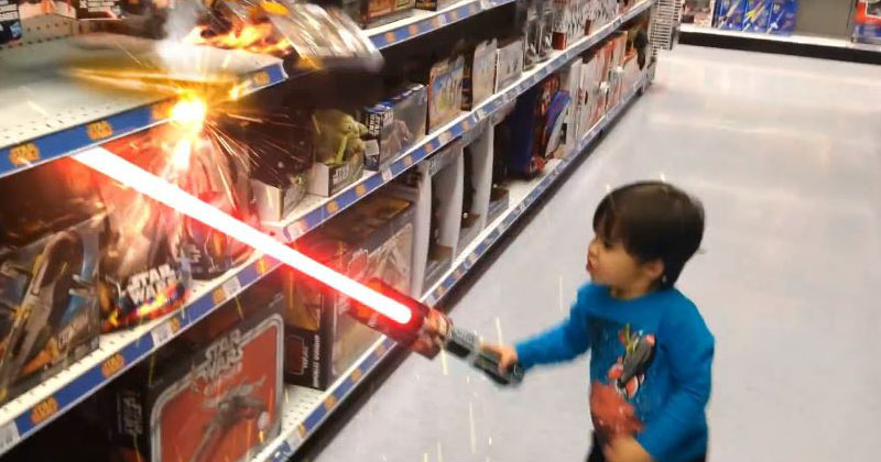 Awesome Dad Gives Son Superpowers Using VisualFX