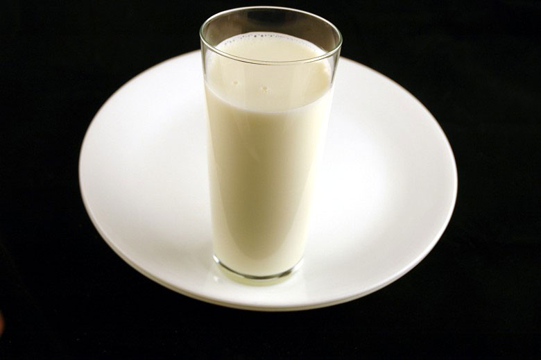 calories in whole milk This is What 200 Calories of Various Everyday Foods Looks Like