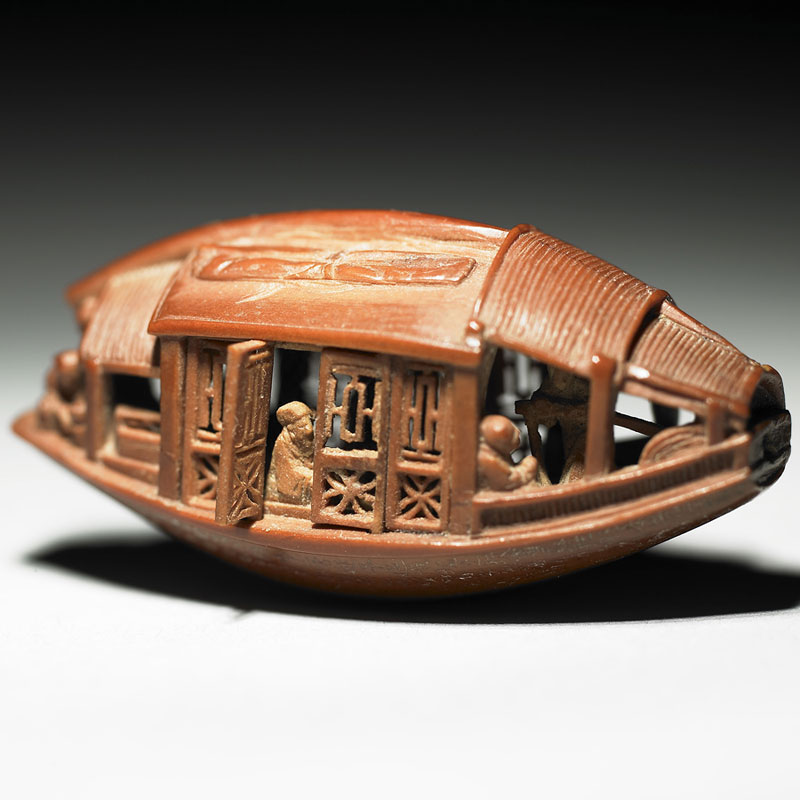 carved olive pit from 1737 by chen tsu-chang chiing dynasty (2)