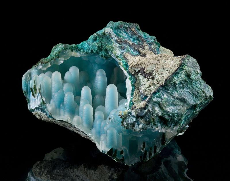 Chalcedony on Chrysocolla in malachite diglet super mario mineral (4)