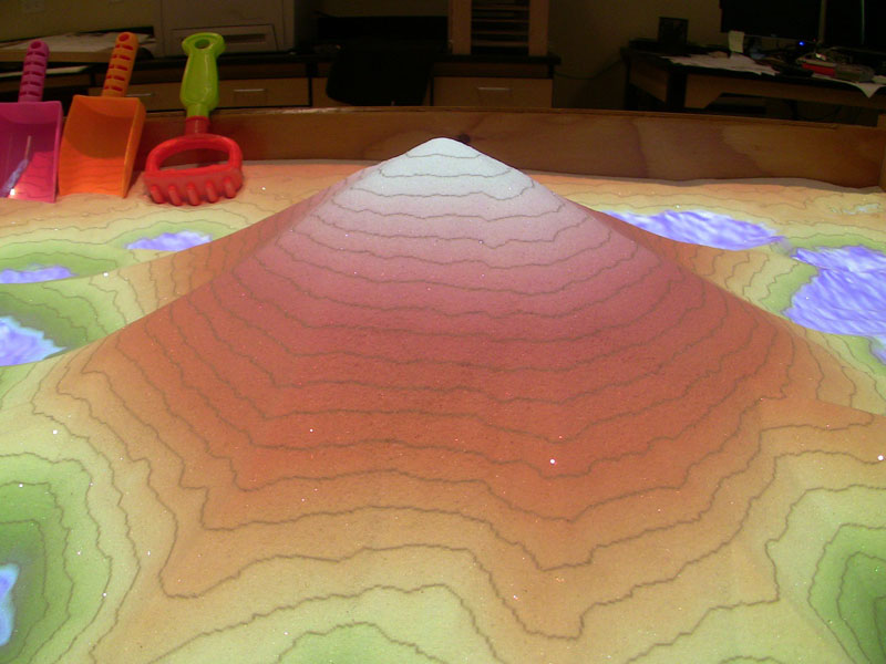 futuristic sandbox lets you build volcanoes and rivers (2)
