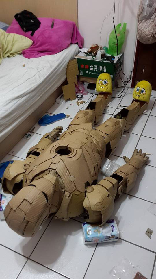 ironman suit made of cardboard by kai-xiang xhong (14)