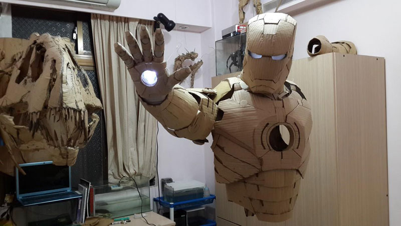 Student Makes Life Size Iron Man Suit Using Only Cardboard