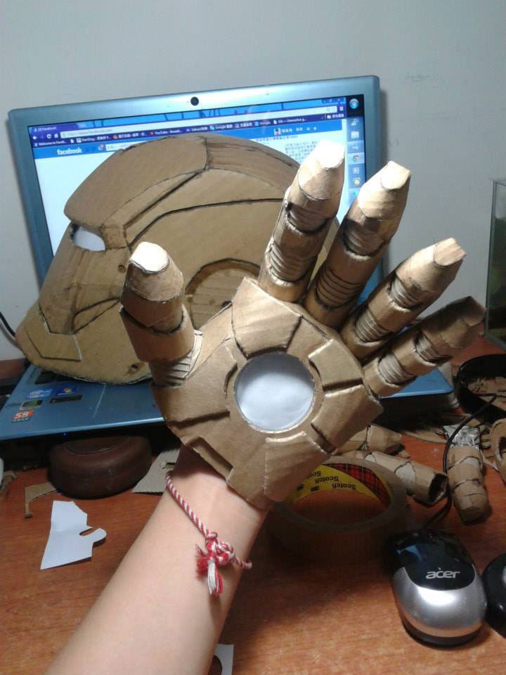 ironman suit made of cardboard by kai-xiang xhong (9)