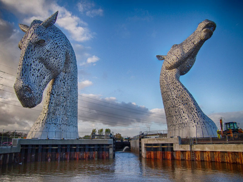 the kelpies giant horse-head sculptures the helix, scotland by andy scott (8)