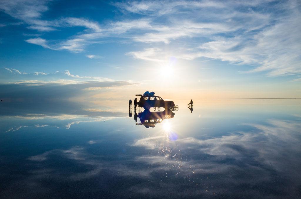03-Floating-car
