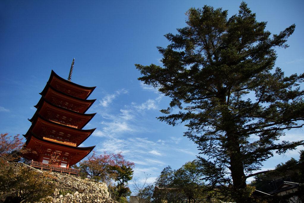 05_MiyajimaPagoda by Chris Luckhardt