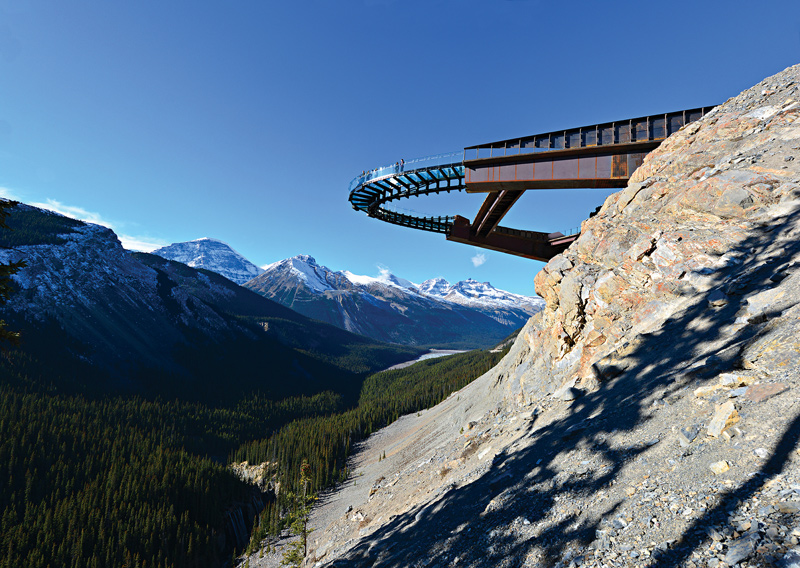 glacier skywalk jasper nationa park alberta canada Picture of the Day: The Glacier Skywalk
