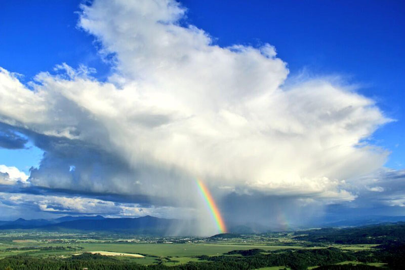 Picture of the Day: Rainbow StormCloud