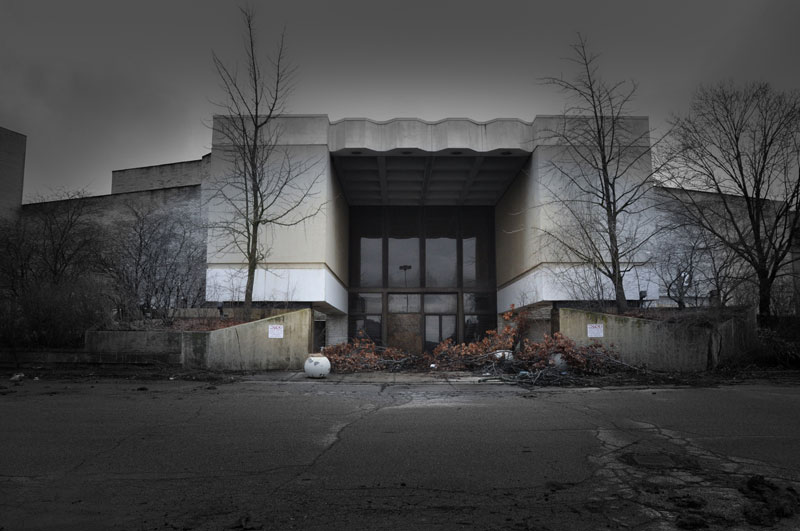 randall park mall abandoned ohio by seph lawless (14)