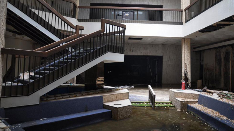 randall park mall abandoned ohio by seph lawless (3)