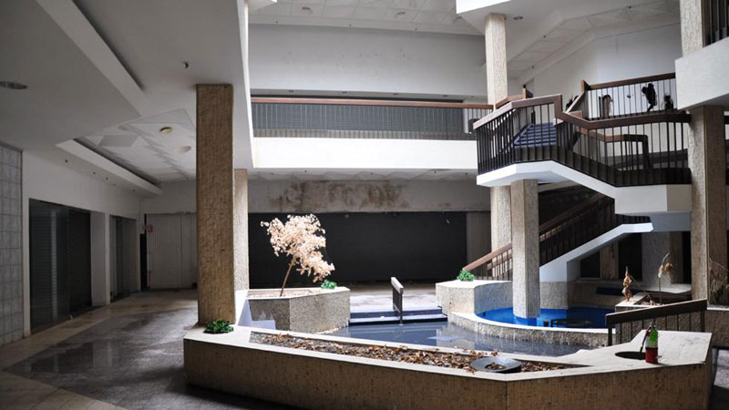 randall park mall abandoned ohio by seph lawless (8)