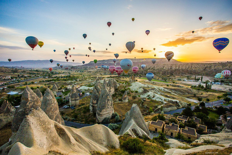 balloon ride cappadocia turkey Balloon Ride in Cappadocia