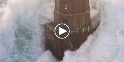 Three Minutes of Huge Waves Crashing Against Lighthouses in France