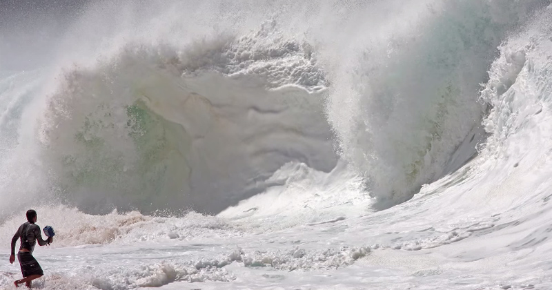 How Wave Photographer Clark Little Got His Big Break