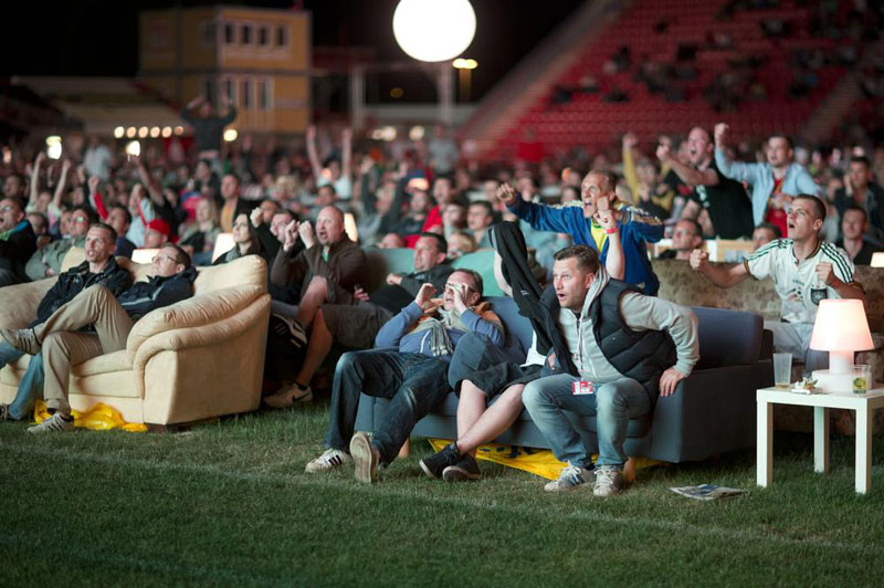 stadium in berlin turned into giant living room people bring own couches (1)