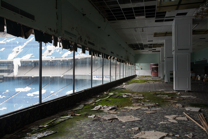 the abandoned silverdome by detroiturbex (14)