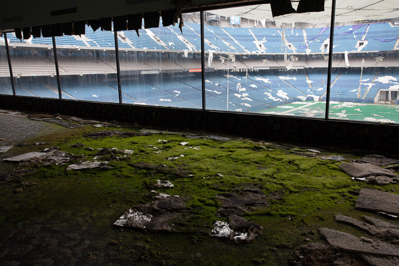 the abandoned silverdome by detroiturbex (15)