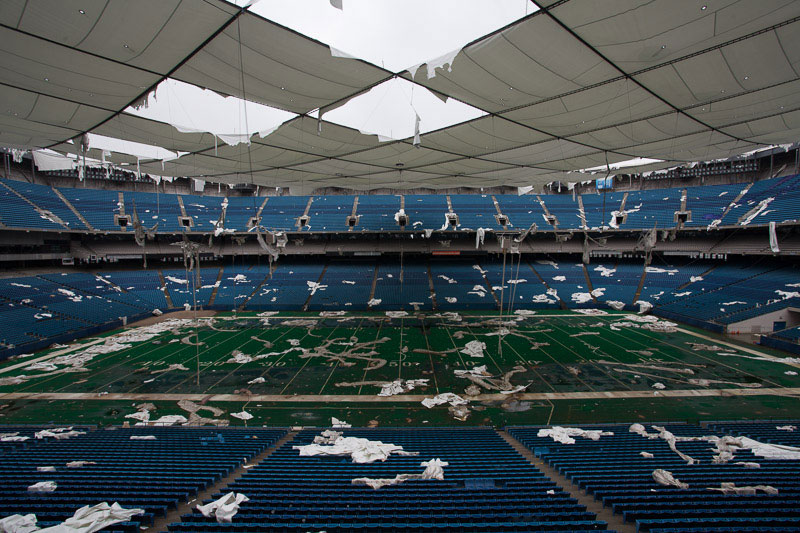 the abandoned silverdome by detroiturbex (17)