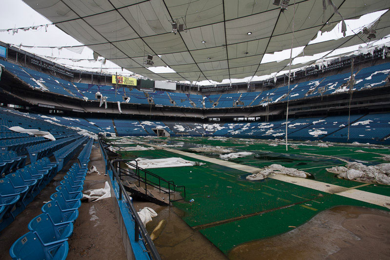 the abandoned silverdome by detroiturbex (7)