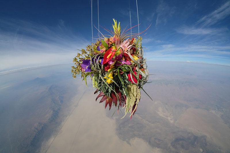 azuma makoto sends flower bouquet into space (3)