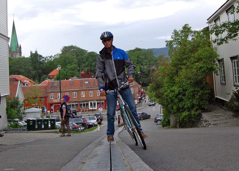 bike escalator lift in trondheim norway cyclocable (10)